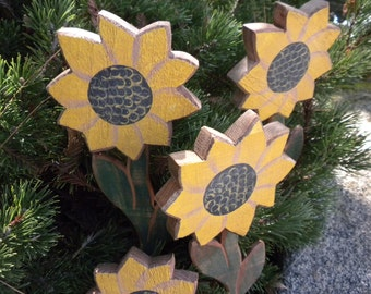 Country Primitive  Wood Sunflowers set of 6