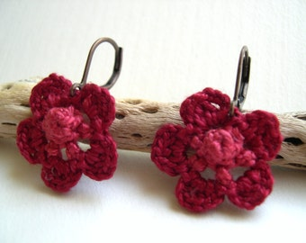 Crochet Earrings - Lace earrings - Flower earrings - Girlfriend gift idea - made in America - lightweight earrings - spring fashion earrings