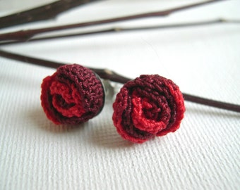 Red rose earrings - red rose crochet  earrings - Lace earrings - rose earrings - girlfriend present - flower earrings - little rose earrings