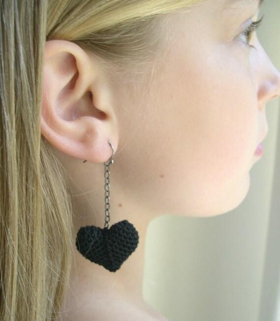 Black Heart Dangle Earrings - Black Heart earrings - Girlfriend gift - Valentine's day gift - Mother's day gift