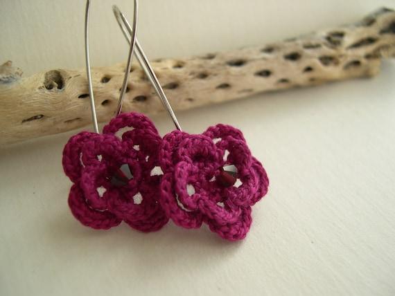 Fancy fuchsia flower earrings - Spring Fashion - Unique Flower Earrings - Mothers day gif idea - Feminine earrings