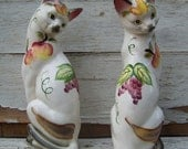 Vintage Majolica pair of porcelain cats, bone china, Made in Japan by Wales, 1950s, kitsch, siamese, hand painted fruit