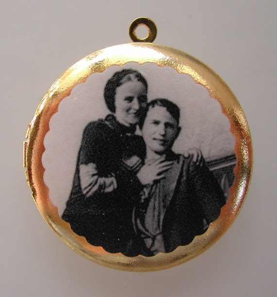 BONNIE AND CLYDE Vintage Brass Photo Locket