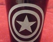 Hand Etched on Black Shot Glass, Super Hero CAPTAIN AMERICA