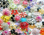 10 LARGE Assorted Color Rhinestone Embellishment Buttons Flower Centers Brooches Crystal