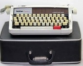 Vintage Brother Echelon 89 Manual Type Writer.