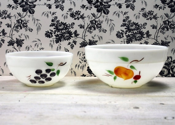 Vintage Mixing Bowls. Fire King Milk Glass Handpainted Gay Fad Design.