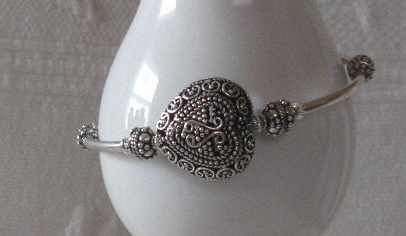 Be-Doved Sterling Silver Single Wrap Bali Heart Bracelet
