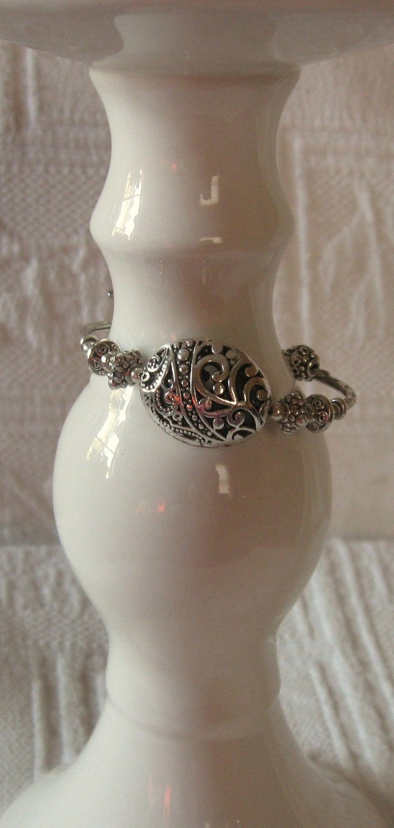 Be-Doved Oval Filigree Pewter and Sterling Silver Bracelet