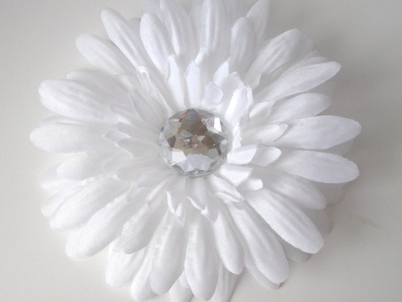 White Daisy Flower Hair Clip