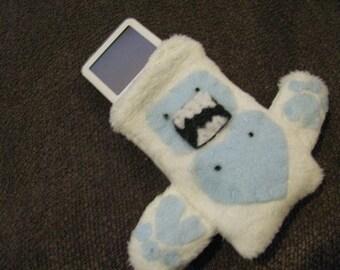 Yeti - Abominable Snowman Small iPod holder/case