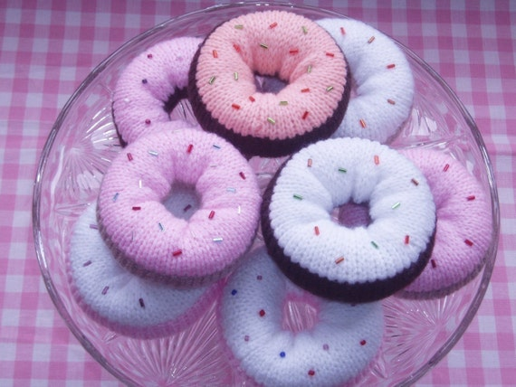 Knitted Cakes PDF Knitting Pattern by email - DELICIOUS DONUTS