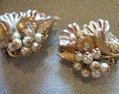Vintage Earrings - 40s, 50s BEAUJEWELS Gold Gilded Filigree Earrings Faux Pearls, Rhinestones, Lucite // Jewelry