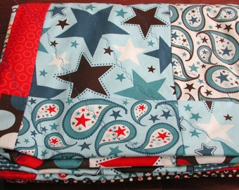 Patriotic Quilt Veterans Day Quilt Lightweight Throw Quilt Wheelchair Quilt Modern Red White and Blue Quilt Army Airforce Navy Marines