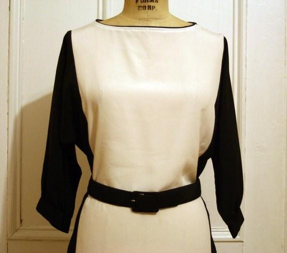 25% OFF Sale Black and White MOD Style Dress - M/L