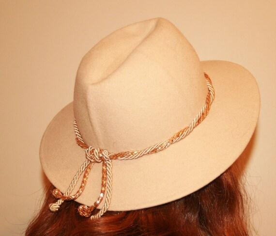 SALE Vintage Cream Fedora Hat - S/M