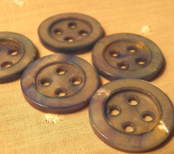 Set of 5 Dyed MOP Buttons