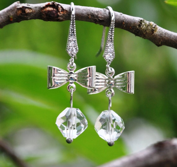 Bow Earrings Rhinestone and clear crystal, lovely and adorable