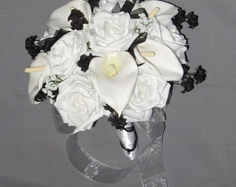 Black and White Calla Lily Bouquet Set