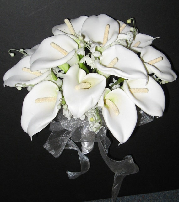 calla lilies wedding bouquet items similar to white calla bridal bouquet set on etsy 2381