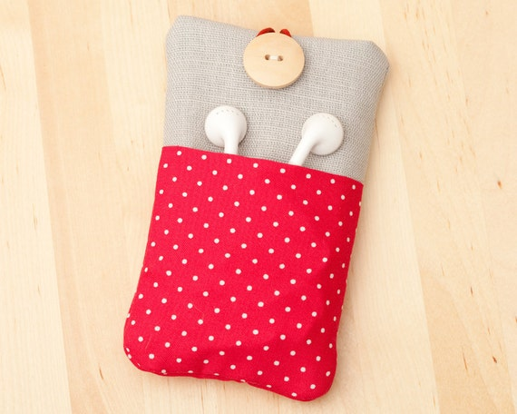 Iphone 4 case / iphone 4s cover / iphone case / blackberry case - red dots with linen and  pockets -