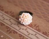 Flower Cabochon Ring Antique Peach Creme Cute Kawaii