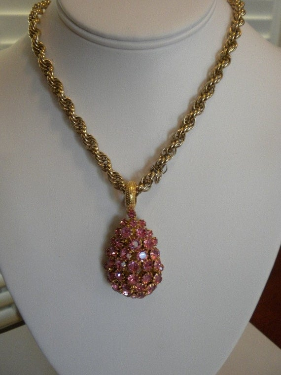 Vintage Estate Retro Pink Rhinestone  1950s-1960s Pendant Necklace and Earring set
