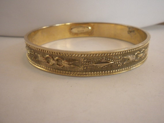 Vintage Signed Whiting and Davis Gold Tone Nouveau Bangle Bracelet FREE shipping