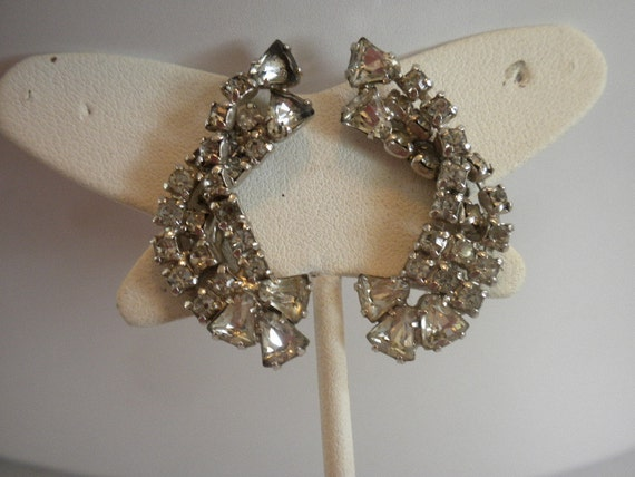 Vintage Silver Tone Rhinestone Screw Back Earrings FREE shipping
