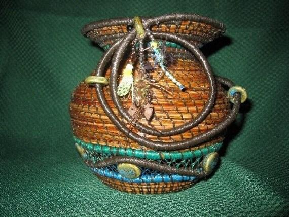 "Pine Needle Basket --"" Dragon Fly"""