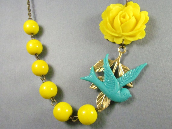 Flower Necklace, Blue Swallow, Yellow Rose, Bridesmaid, Turquoise Sparrow - 0087
