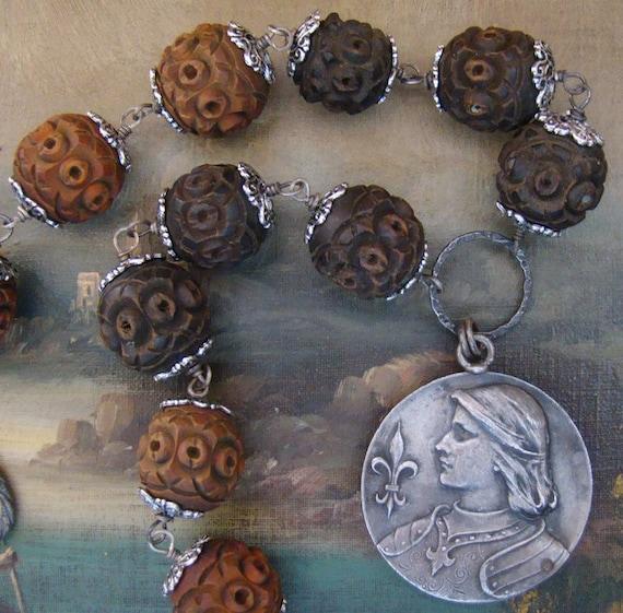 SALE  Reversible Jeanne d'Arc Necklace