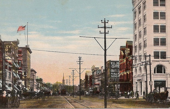 Ft. Smith Arkansas early 1900s City Street Scene Antique Postcard - Garrison Ave. from 6th Street Ad on back from Commercial League