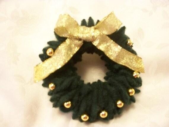 Christmas Wreath Pin Dark Green Felted Wool