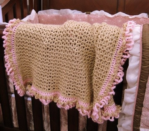 Unique Beginner Crochet Patterns : FRINGE BABY BLANKET PATTERN Free Baby Patterns