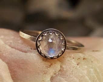 Viviane - Brilliant Faceted 6mm Rainbow Moonstone in Sterling Silver Crown Bezel