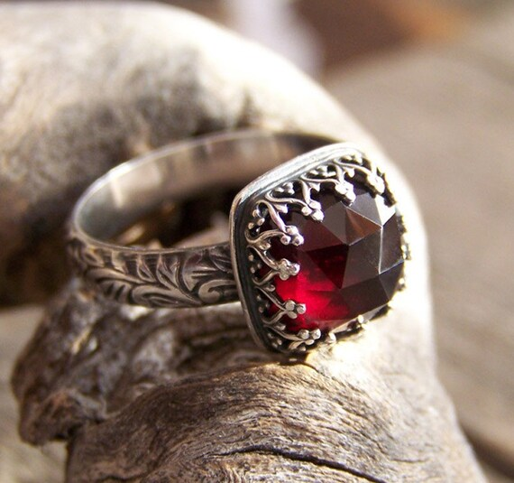 Meghan Ring - Luscious Deep Red 10mm Rose Cut Garnet in Heart Crown Bezel Setting