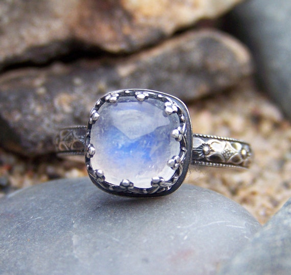 Ice Princess Ring - 8mm Rose Cut Rainbow Moonstone in Heart Crown Bezel
