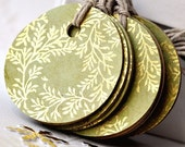 Round paper gift tags - green - kraft - gold floral print - set of 10