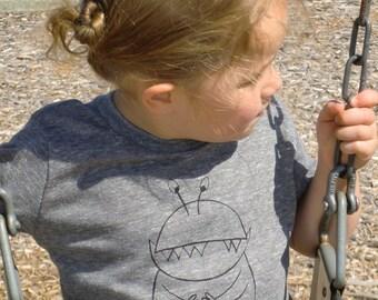 Unisex Kid's Eco-Friendly Mommy's Little Monster screen print T shirt 4T