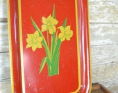 Vintage Daffodils Shabby Chic Tin Platter Red an Yellow