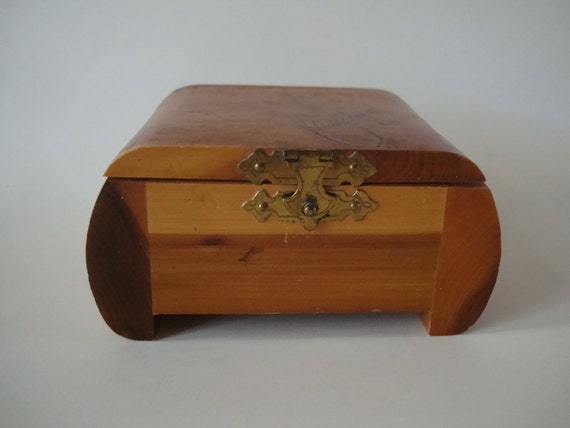 Vintage Cedar Wooden Box Small New Orleans La Lovely Piece