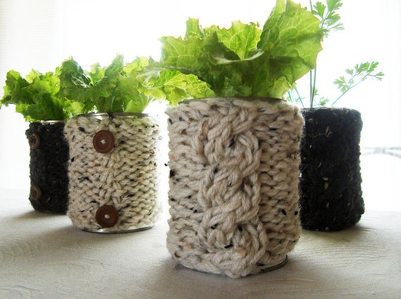 KNITTING PATTERN for chunky cable knit tin cover for Christmas