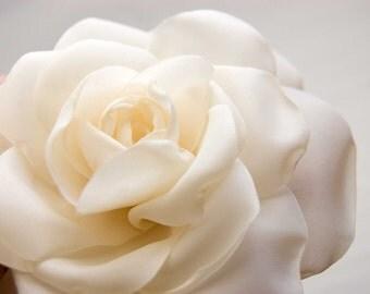 Ivory rose hair clip, Bridal hair flower, Wedding hair accessory,  Rose hair flower, Bridal hair clip