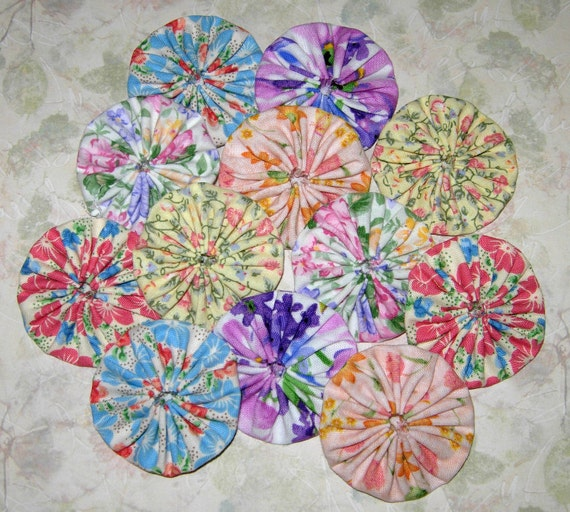 Fabric YoYo Flower Garden  Embellishments, Accessories or Appliques, 2 Inch Size