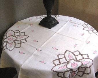 1940's Tea Tablecloth
