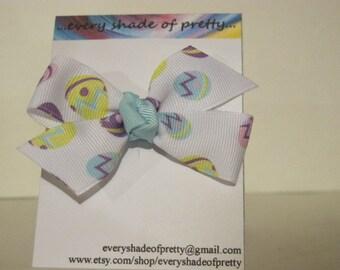 SALE---Egg Half  Pinwheel Bow