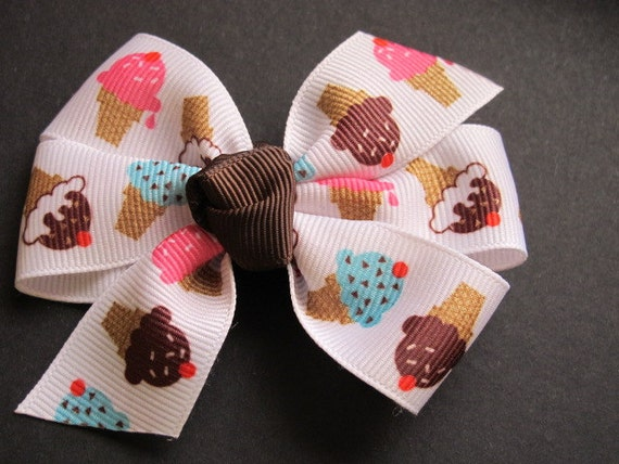 Adorable Ice Cream Cone Pinwheel Bow