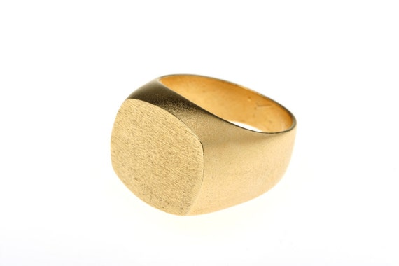 Signet Gold Ring// Graduation Ring// College Ring// High School Ring// Class Ring