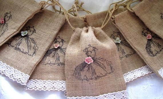 Shabby Chic Wedding Favor Burlap Bags Set of 8 - Bridesmaid Gifts - Vintage Wedding